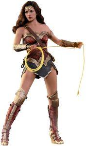 Hot Toys de Wonder Woman en la Liga de la Justicia con lazo - Los mejores Hot Toys de Wonder Woman - Figuras coleccionables de Wonderwoman