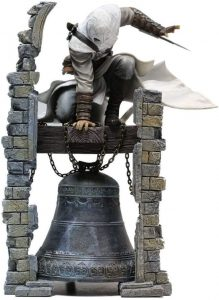 Figura de Altaïr sobre campana de Assassin's Creed de Ubisoft - Figuras coleccionables de Assassin's Creed
