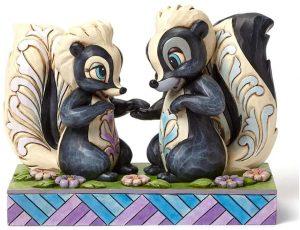 Figura y muñeco de Flor y la señorita Mofeta de Disney Traditions - Figuras coleccionables, juguetes y muñecos de Bambi - Muñecos de Disney