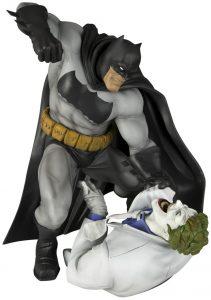 Figura de Batman de Dark Night Returns de Kotobukiya - Los mejores Hot Toys de Batman de DC - Figuras coleccionables de Batman premium