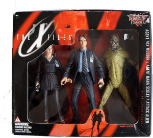 Figura de Mulder, Scully y Alien de Expediente X de McFarlane Toys - Muñecos de Expediente X - X Files - Figuras coleccionables de Expediente X