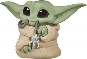 Figura de Grogu - Baby Yoda con colgante Hasbro - Figuras de acción y muñecos de baby yoda de The Mandalorian - Grogu