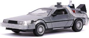 Figura de Delorean de Regreso al futuro de Jada - Los mejores muñecos de Back to the future - FIguras de Regreso al Futuro