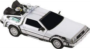 Figura de Delorean de Regreso al futuro de NECA - Los mejores muñecos de Back to the future - FIguras de Regreso al Futuro