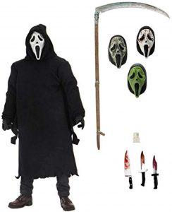 Figura de Ghostface con distintas cabezas de Scream de NECA - Los mejores muñecos de Scream - FIguras de Ghostface de Scream