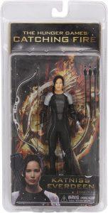 Figura de Katniss Everdeen de NECA 3 - Los mejores muñecos de los Juegos del Hambre - Figuras de Hunger Games