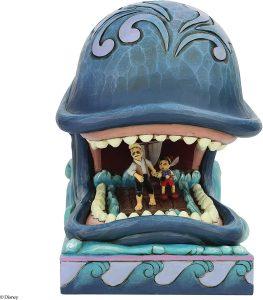 Figura de ballena de Pinocho de Disney Traditions - Los mejores muñecos de ballenas - Figuras de ballena de animales