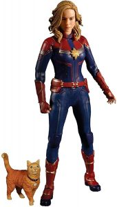 Figura de Capitana Marvel de Mezco - Los mejores muñecos y figuras de Capitana Marvel - Muñeco de Marvel