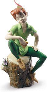 Figura de porcelana de Lladró de Disney de Peter Pan - Las mejores figuras de porcelana de Lladró de Disney