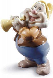 Figura de porcelana de NAO de Disney de Feliz 2 - Las mejores figuras de porcelana de Lladró de Disney