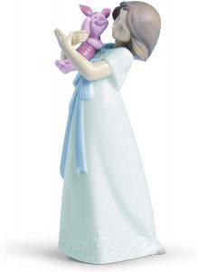 Figura de porcelana de NAO de Disney de Piglet con niña - Las mejores figuras de porcelana de Lladró de Disney